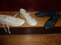 girls shoes, black with small sequence and gold trainers style with a glitter