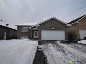 $327,500 - Raised Bungalow for sale in Cornwall