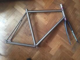 Titanium track frame 57cm, ec70 fork, tune headset
