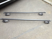Roof bars to fit car with rails