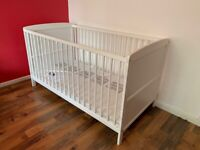 Baby cot with Brand new mattress