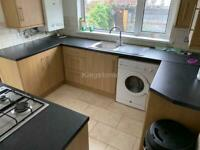 4 bedroom house in Dogfield Street, Cathays, Cardiff, CF24 4QJ