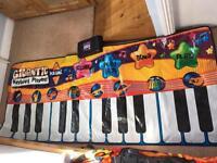 Musical keyboard mat