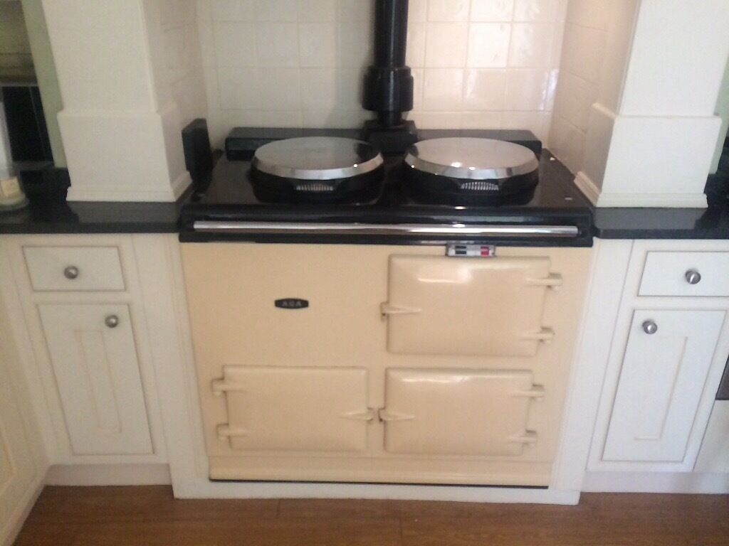 aga cooker 2 oven gas in leeds west yorkshire gumtree. Black Bedroom Furniture Sets. Home Design Ideas