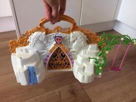 Playmobil carry along fairy castle
