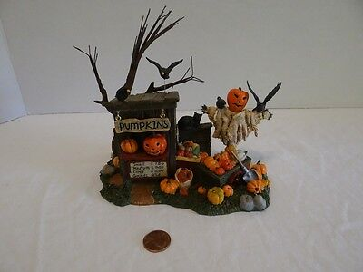 Halloween Pumpkin Stand - Dept 56 Halloween Pumpkin Stand Village Accessories 52956 Black Crows Pumpkins