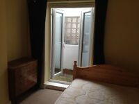 Spacious single room in clean, high quality house close to Seven Sisters station all inclusive price