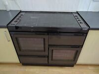 New World Gas Range Cooker in Brown