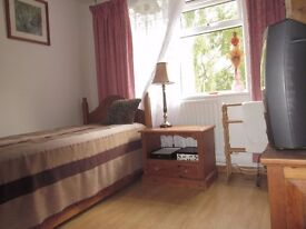 Single Room to rent in OX2 for £100 pw