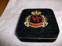 Vintage Trifari gold plated leaf brooch
