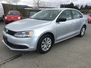 2013 Volkswagen Jetta Trenline+ 5spd (with heated seats)