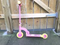 Ozbozz pink scooter for sale