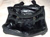 COTTON TRADERS WEEKEND BAG IN BLACK.