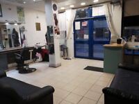 Saloon ladies saloon for rent 800 pm