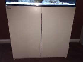 Red Sea Reefer 250 cabinet in stunning white. 8 months old.