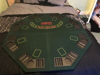 PROFESSIONAL POKER TABLE TOP GAMING PLATFORM WITH CHIP AND DRINKS HOLDERS