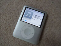 Apple iPod Nano - Silver - MP3 Music Player