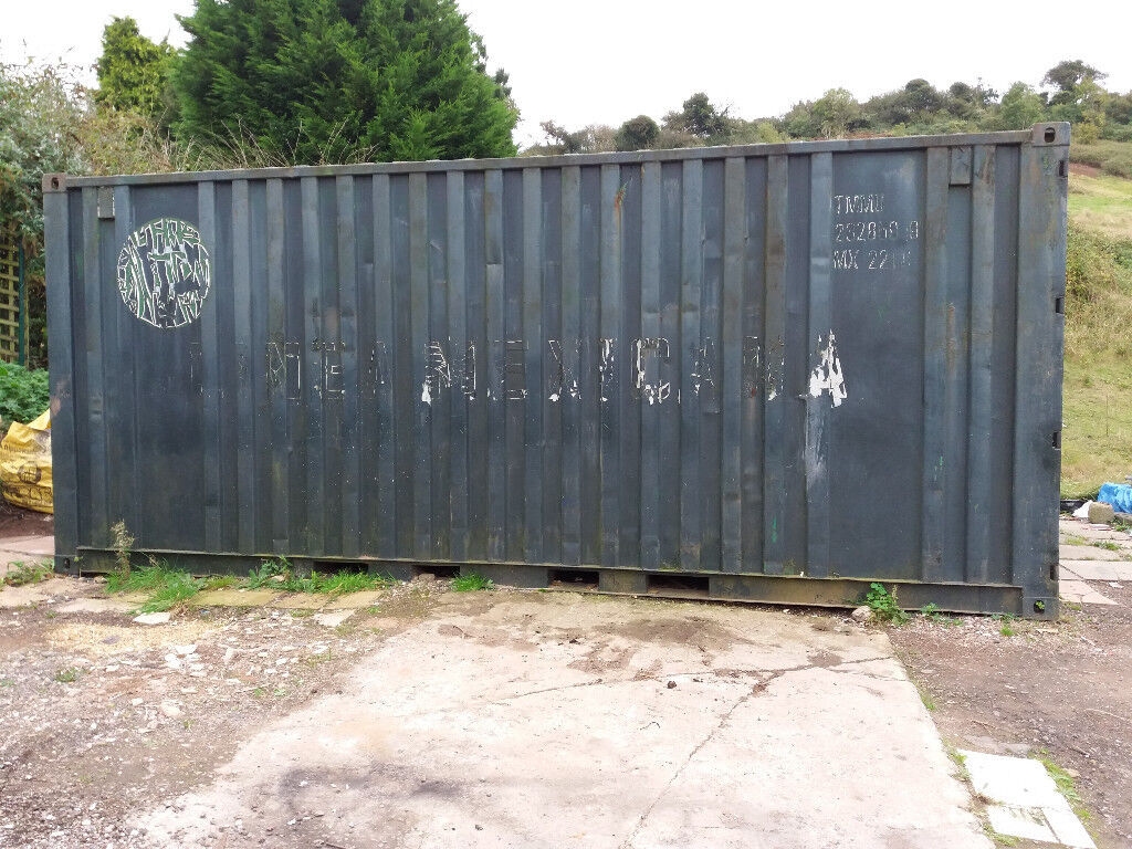 STORAGE CONTAINER 20 FEET LONG X 8 FEET WIDTH