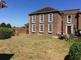 Large 3 bedroom ground floor flat in Westgate, Chichester