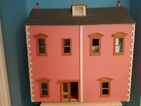 doll house (comes with furniture)