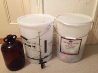 Home Brew / Wine / Beer Making Kit Set Barrels Bottles