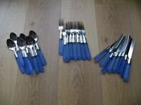 Cutlery set with plastic handles