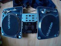 Stanton T60 Turntables decks with Numark dm950 Mixer