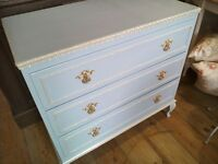 REDUCED price - Stunning Chest of Drawers.