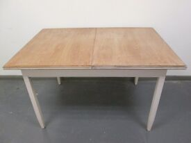 Extending Shabby Chic Dining Table Will Seat 6 Six People Good Condition