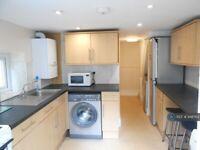 5 bedroom house in Livingstone Terrace, Bath, BA2 (5 bed) (#948763)