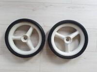 Motocaddy Light golf trolly wheels.