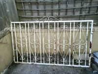 Garden metal gate