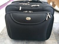 NEW: Wheeled laptop/briefcase