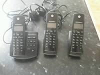 3 Motorola cordless handsets phones