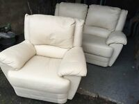 CREAM LEATHER RECINING 2 SEATER SOFA WITH RECLINING ARM CHAIR,CAN DELIVER