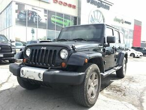 2010 Jeep Wrangler SAHARA - LEATHER - NAVIGATION- 1 OWNER