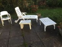 Table 4 chairs sun lounger wine cooler table