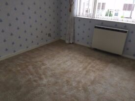 3 Bedroom house located of Worle High Street for rent.