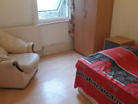 SPACIOUS FURNISHED DOUBLE ROOM, ALL BILLS & WIFI INCLUDED ONLY £100/Week