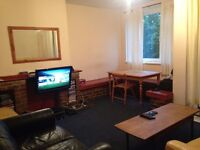 BIG TWIN ROOMSHARE AVAILABLE FOR MALE IN PUTNEY SW LONDON
