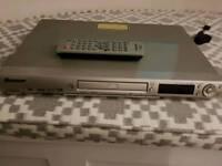 Pioneer DVD player + remote