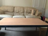 Sofa and 2 armchairs in good condition