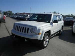 2014 Jeep Patriot Sport | Cloth | AUX | Bluetooth | Heated Seats