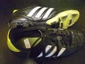Adidas Moulded blade football boots Size 1