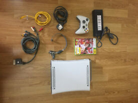 Xbox 360 great conditions + accessories + hard-drive 20GB + 1 game
