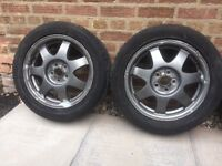 Toyota Prius alloy wheels and tyres