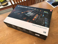 NI Traktor Kontrol S8 - Used but mint condition - See pictures - Collection or posting available