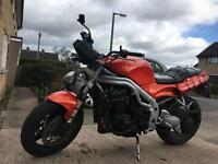 Triumph speed triple 885i