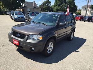 2007 Ford Escape XLT -NO ACCIDENT - SAFETY & E-TESTED