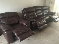Ex Condition - leather 3 seater 2electric recliner sofa 1electric recliner armchair and footstool